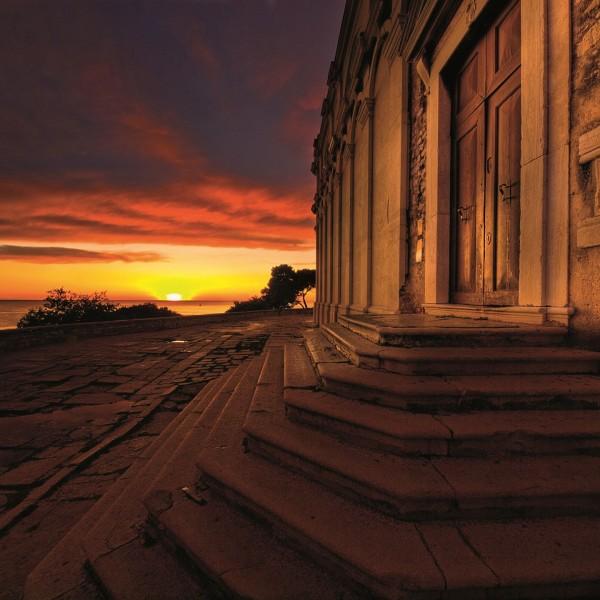 Opzienbarende ontdekking onder de St. Eufemiakerk