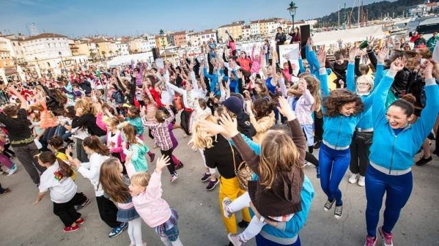 Popolana - Mit Sport von den Straßen und Plätzen in die Natur und den Tourismus