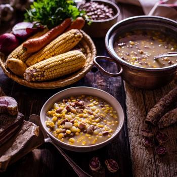 Tradizione a tavola: jedi iz pinjate