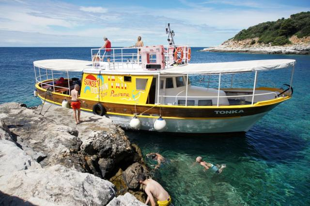 Boat Excursions Tonka