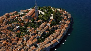 Explore Rovinj's Labyrinth of Streets