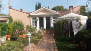 Villa Lucu (Croatian)