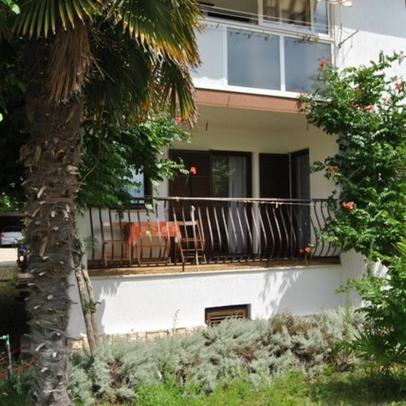 Apartmani Niki (Croatian)