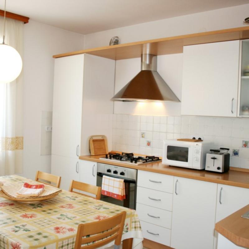 Apartment Jasna (Croatian)