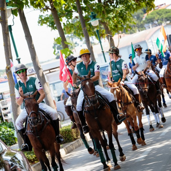 Locals of Rovinj are delighted by Polo-Parade
