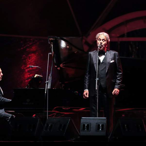 Andrea Bocelli officially opened the Monte Mulini area